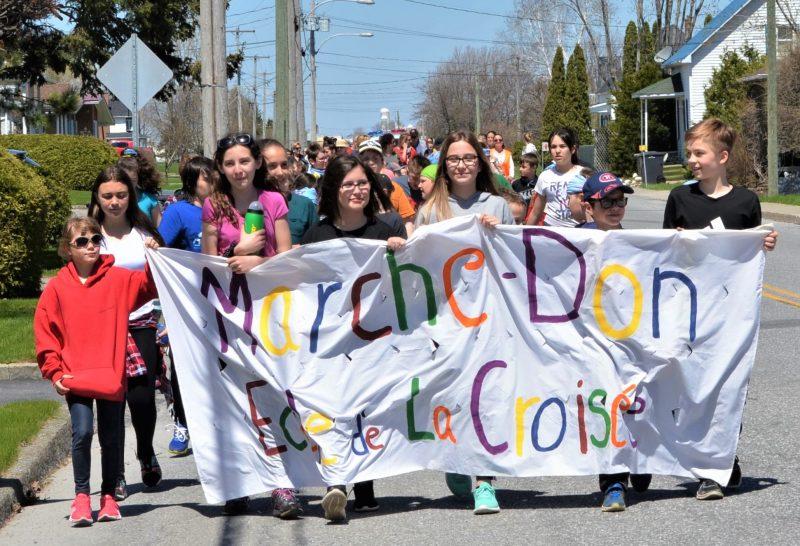 La 12e édition du Marche-Don de l'école de la Croisée, à Upton, a permis d'amasser en tout 5300 $.